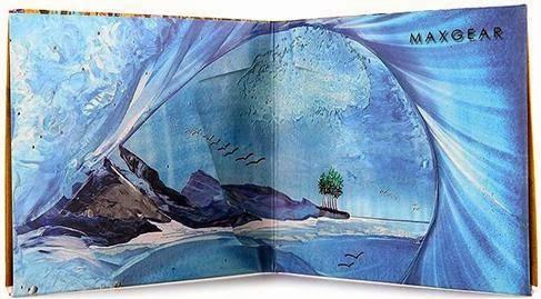 Dompet Maxgear: Bali Art Paperwallet sisi dalam.