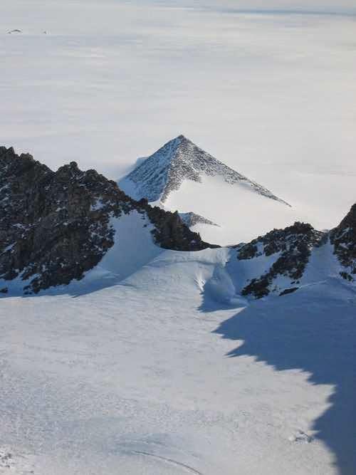 Pirámides en la Antártida, el descubrimiento que puede cambiar la historia Pir%C3%A1mides+3+La+clave+YAM