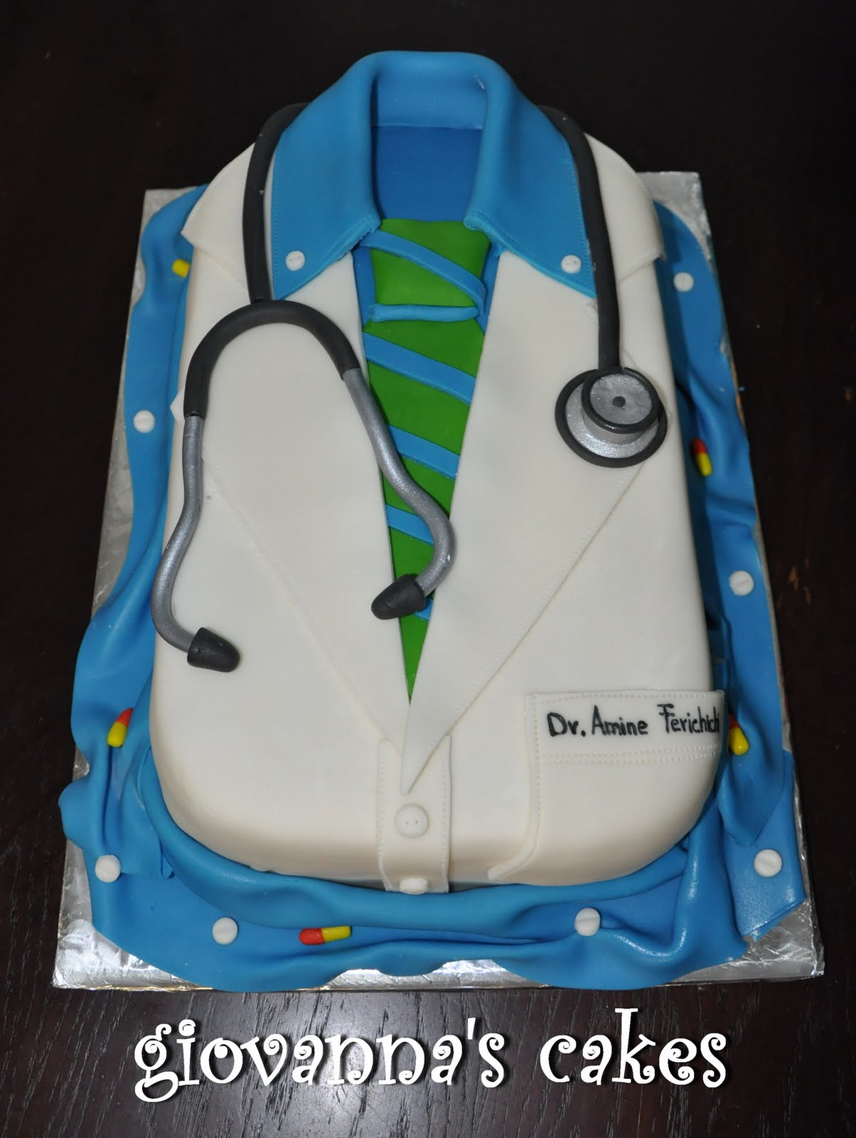 Giovannas Cakes Medical Doctor Robe Cake
