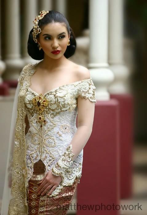 Kumpulan Foto Model Baju Kebaya Putih Trend Baju Kebaya