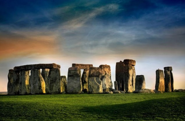 Gambar Stonehenge - Wiltshire, Inggris