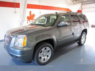 2011-GMC-Yukon-SLT-SUV