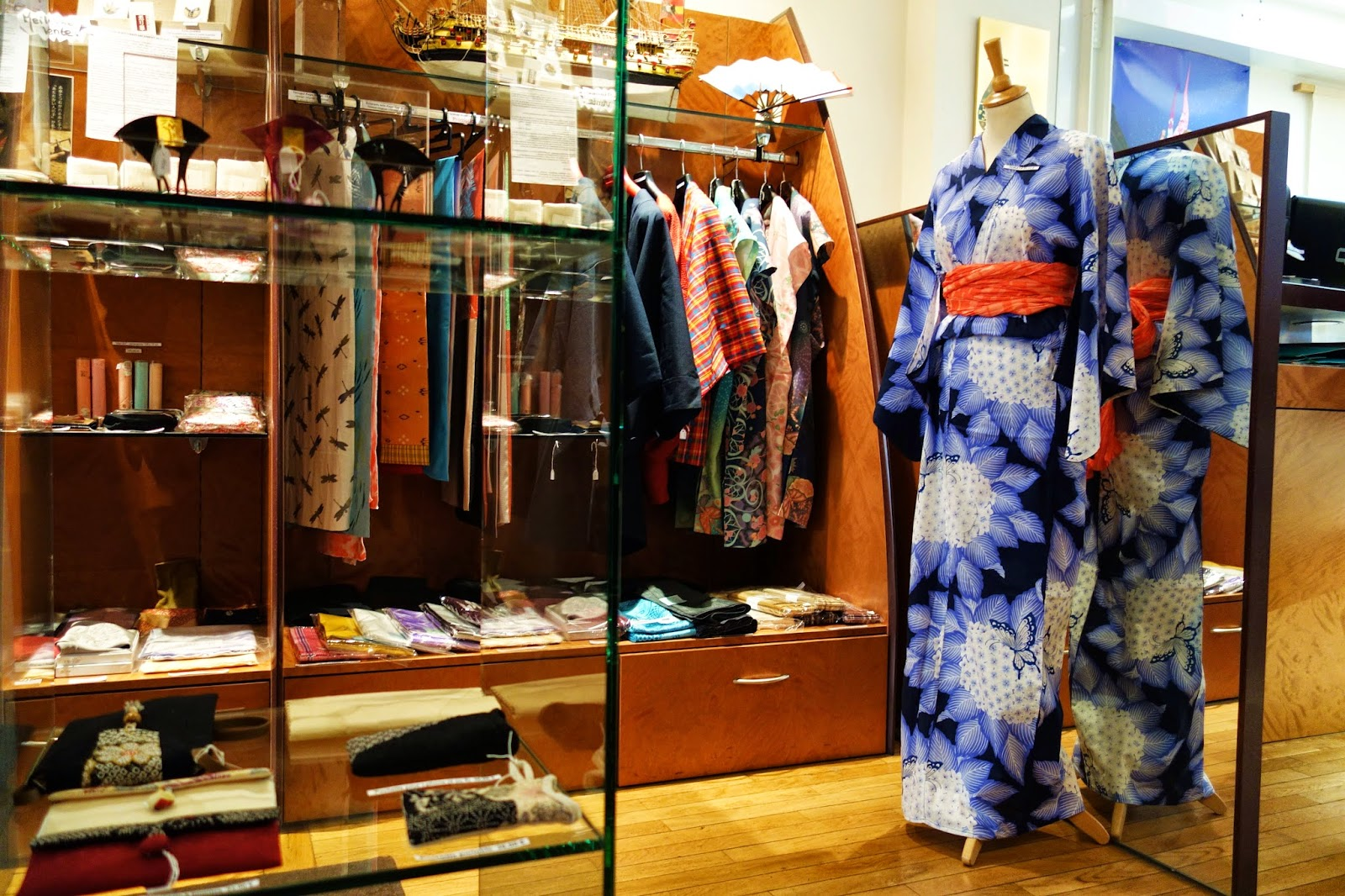 Mes adresses cool japan boutique d 39 artisanat japonais 45 rue sainte - Magasin japonais paris ...