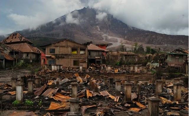 Foto-foto Desa Korban Erupsi Gunung Sinabung
