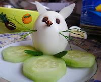 Dekoracje na Wielkanoc - zając z jajka