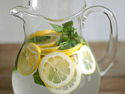 How to make homemade flavored waters