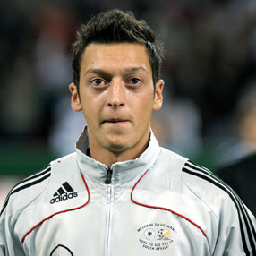 Biography Mesut Ozil - Real Madrid