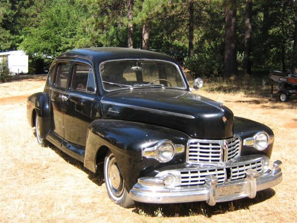 Daily turismo 5k 1946 lincoln v12 sedan for 1946 mercury 4 door sedan