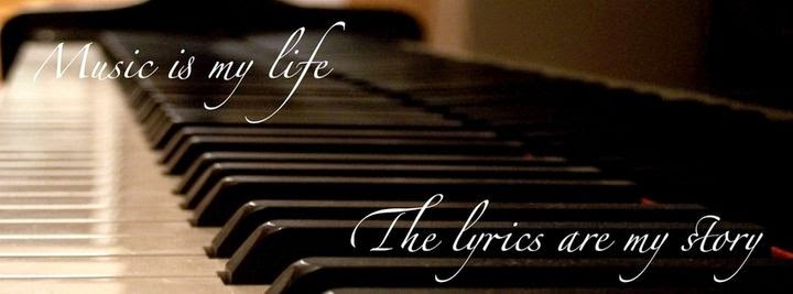 غلاف فيس بوك بيانو