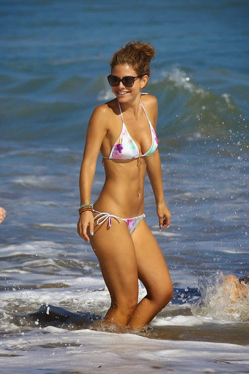 maria menounos picture in Bikini