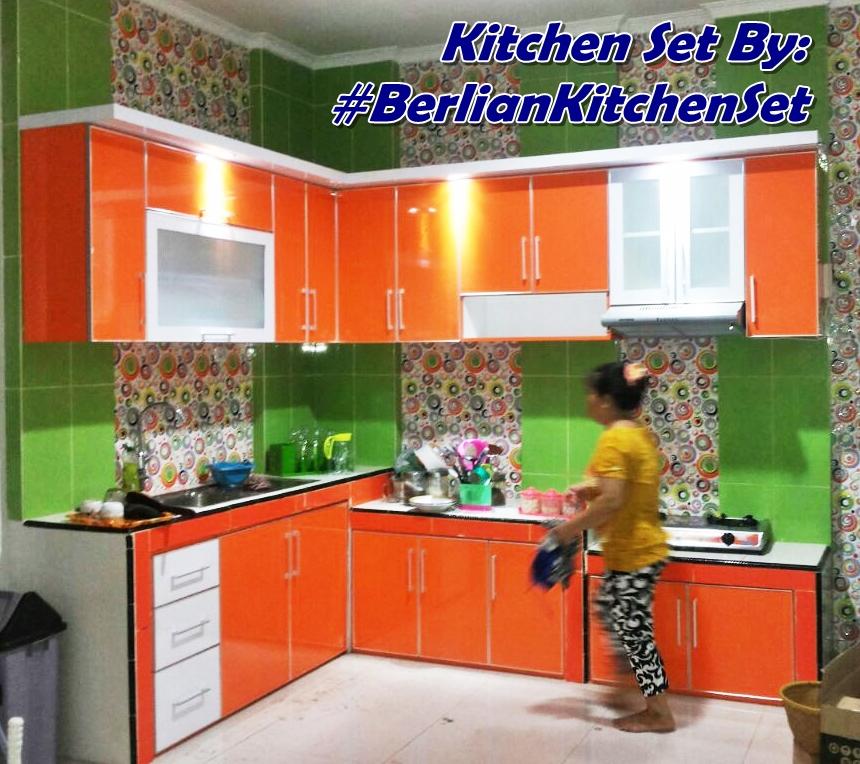Berlian Kitchen Set Minimalis Murah Menyimpan Barang