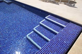 Colores de agua de piscina.