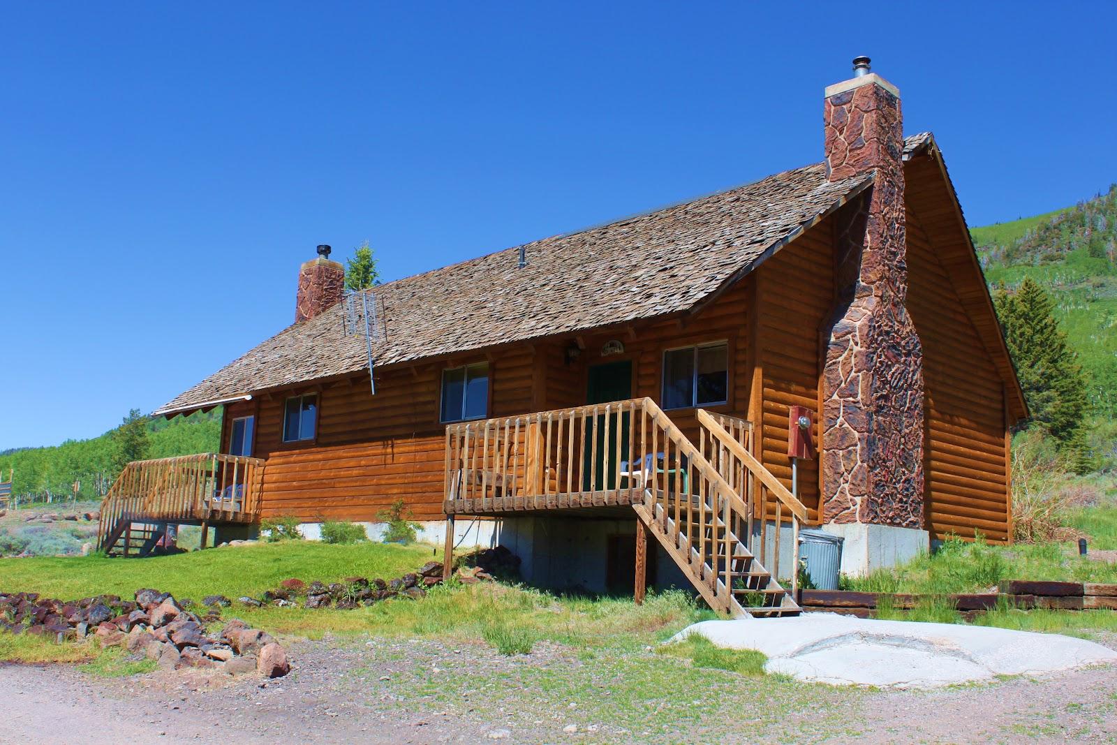 Rental cabins at fish lake utah aspen 8 person deluxe for Fish lake cabin