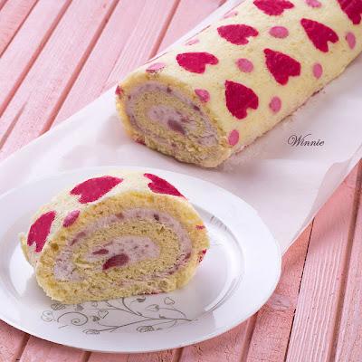 Heats patterned Roll Cake by Something Sweet Winnie's blog