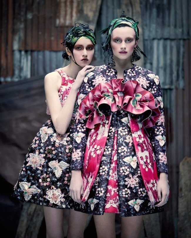 New-Florals-By-Damian-Foxe-For-How-To-Spend-It-Magazine-03