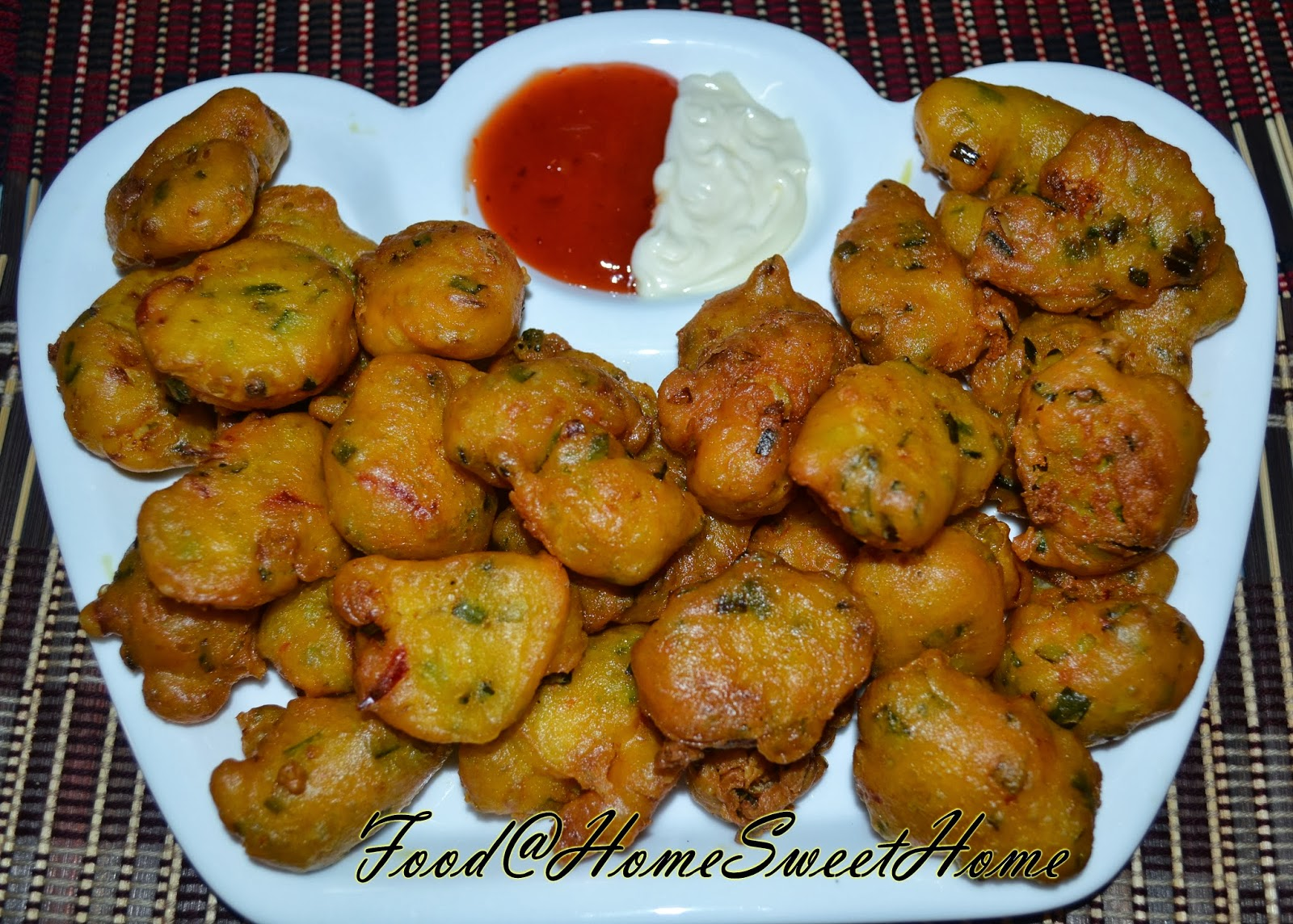 prawn fritters sold in the prawn fritters prawn fritters cucur udang ...