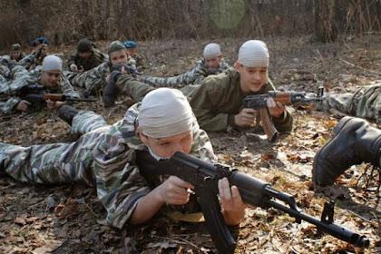 Cintai Tanah Air, Anak-anak Rusia Diberi Latihan Militer