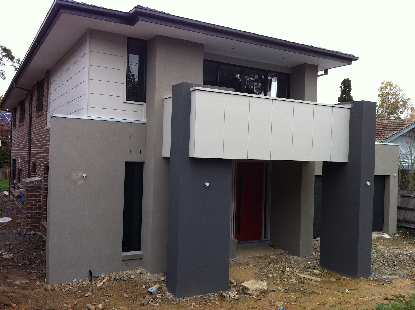 Cam kirsten building our new home with metricon red jezebel front fa ade reveal - Dulux exterior paint colour schemes property ...