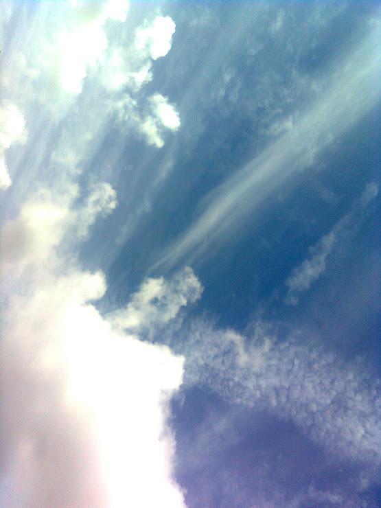 Apakah kita melihat awan yang sama?