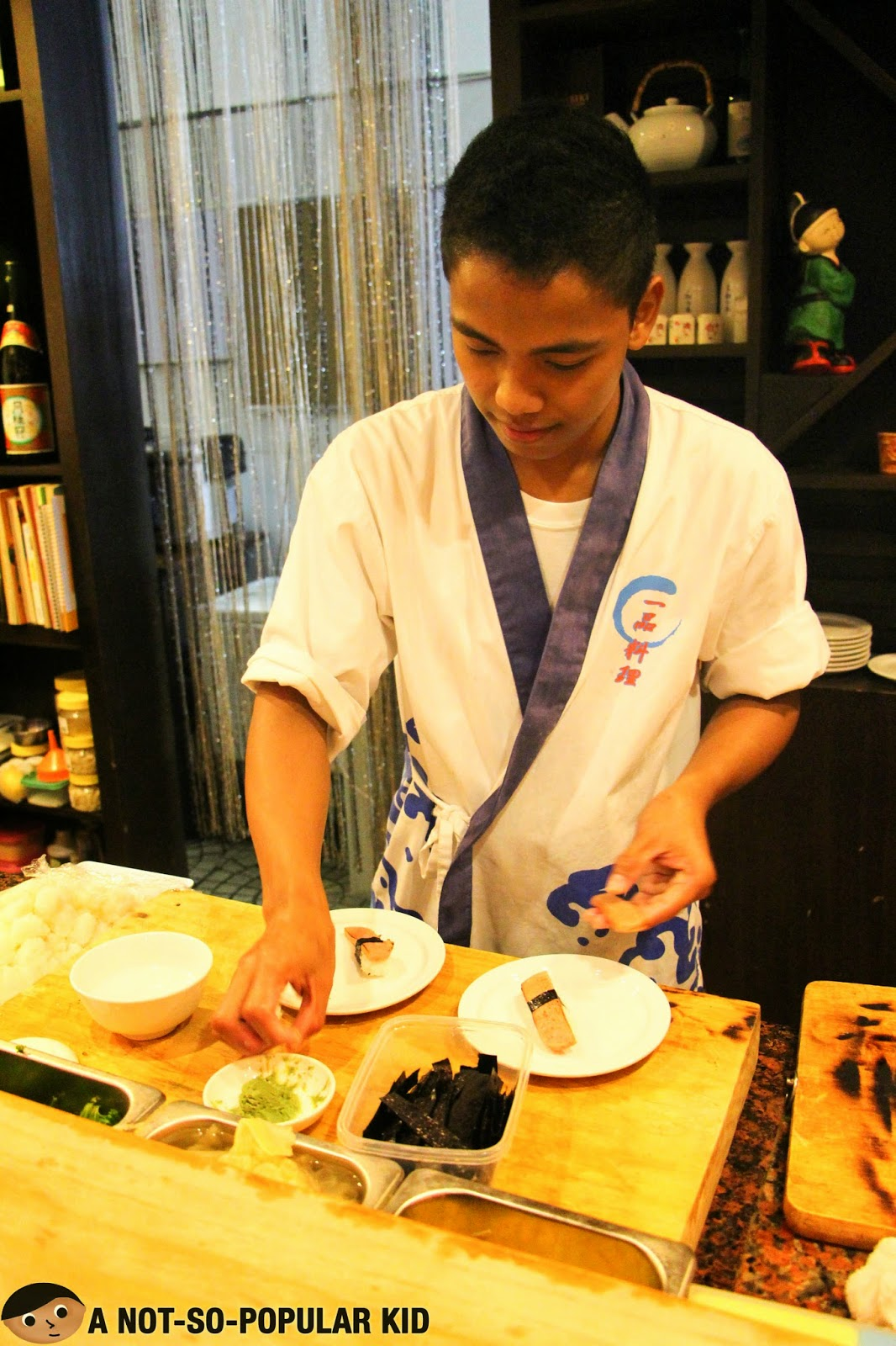 Preparing the Spam Sushi in Genji-M
