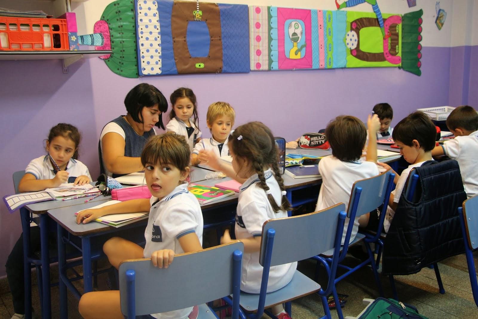 1º A - Primer día de clases en el aula - 2014