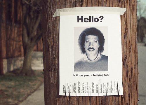 Lionel_Richie_Hello_Lost_Sign_1.jpg