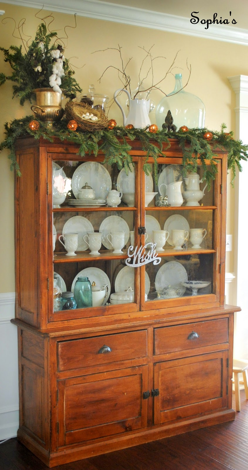 Sophia 39 s christmas cabinet vignette for Hutch decor