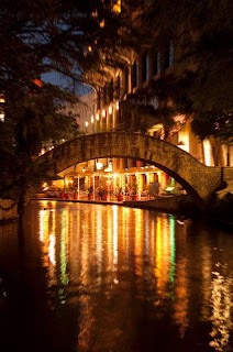 San Antonio River Walk (Best Honeymoon Destinations In USA) 3