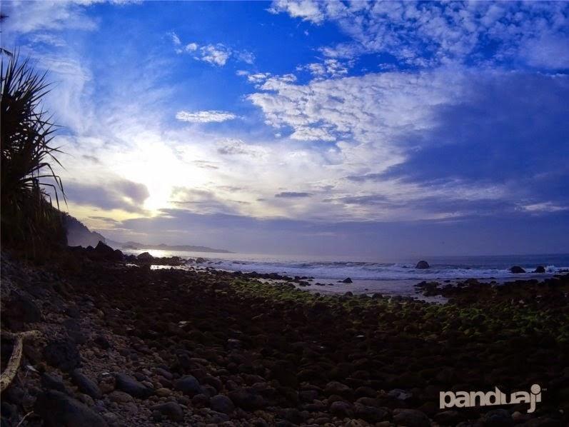 Pantai Pidakan Pacitan