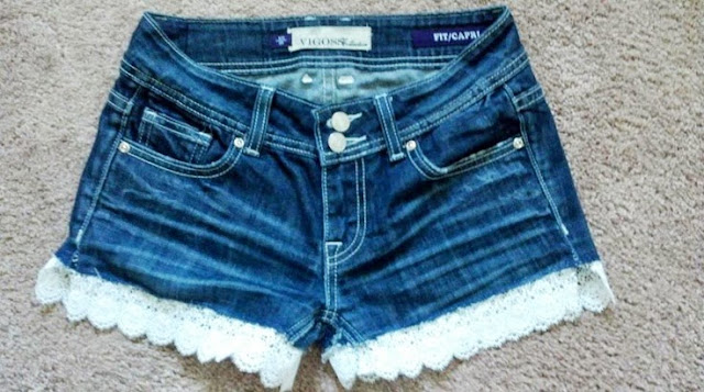 DIY-jeans-with-lace