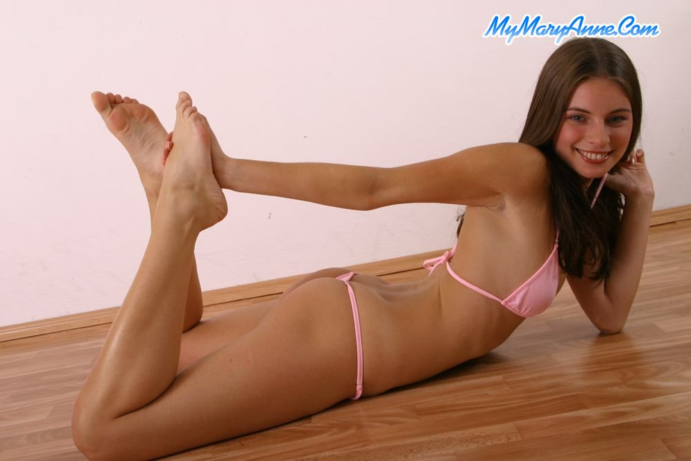 All young non nude models camel toe