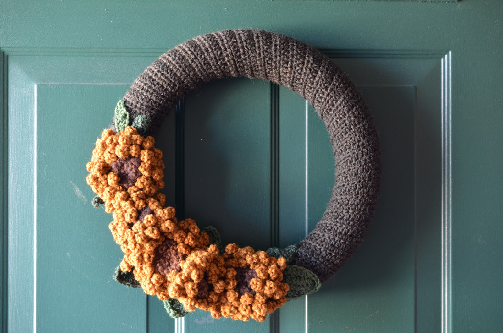 Brownie Knits: Sunflower Wreath Hints: Part I, Yarn