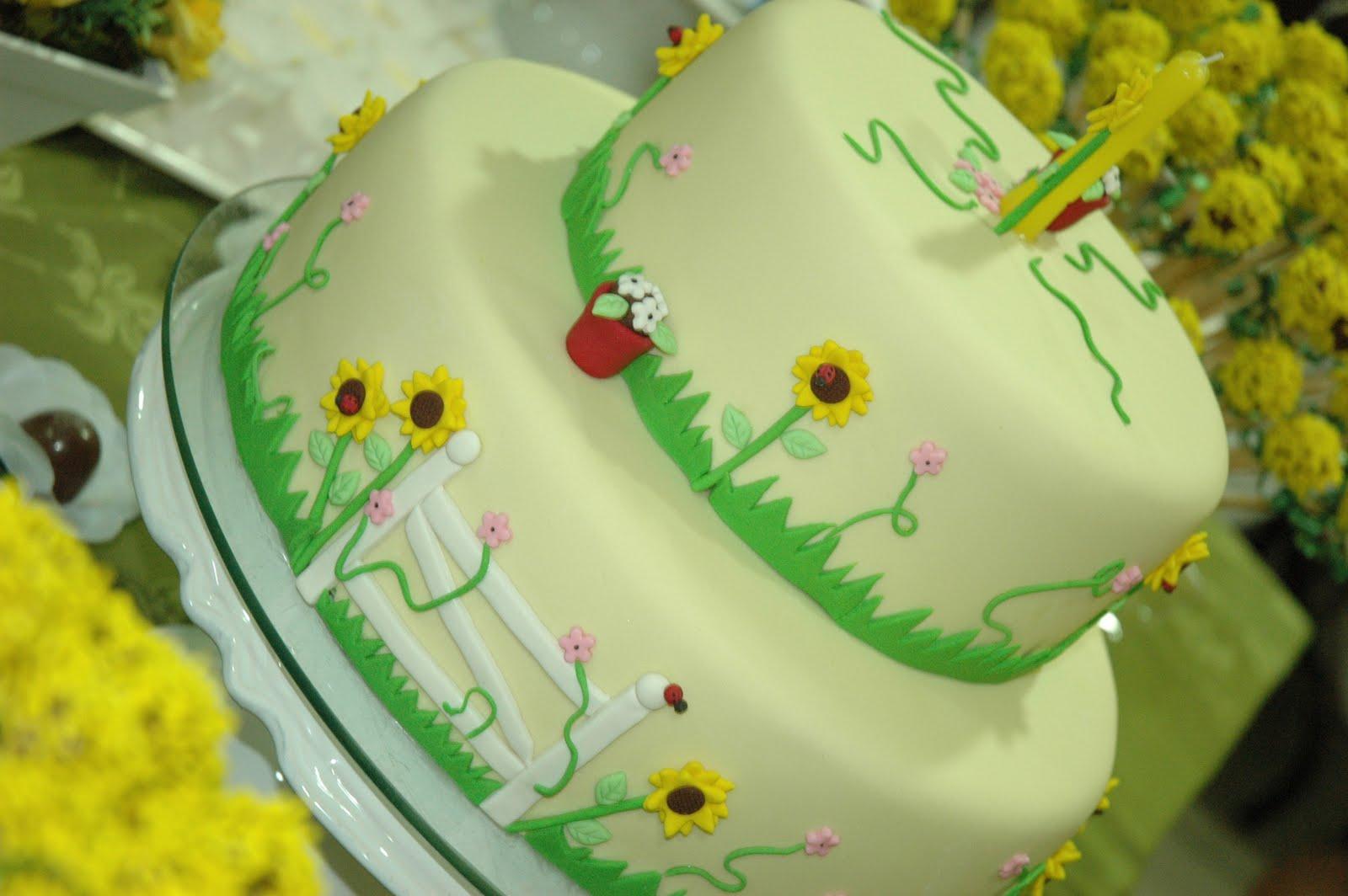 Fazendo Festa decoraç u00e3o infantil e chá de beb u00ea! Bolo Tema Girassol # Decoração De Girassol Para Aniversario