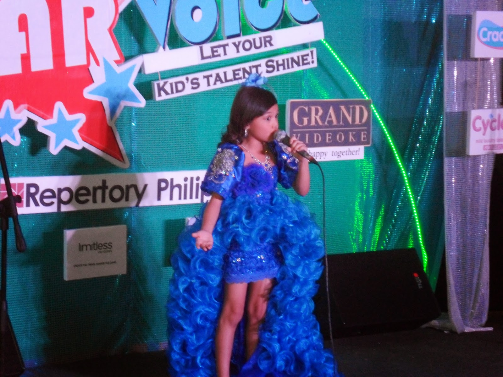 iluvrizzag starvoice activefun 1st singing competition