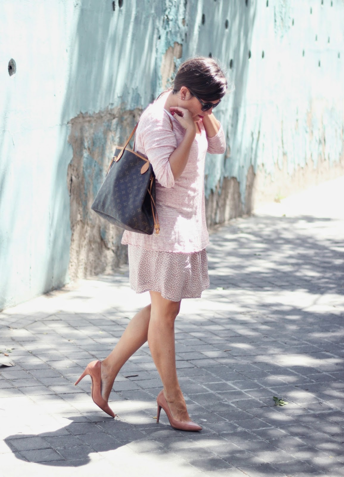 photo-look-street_style-eseoese-jersey-falda-rosa