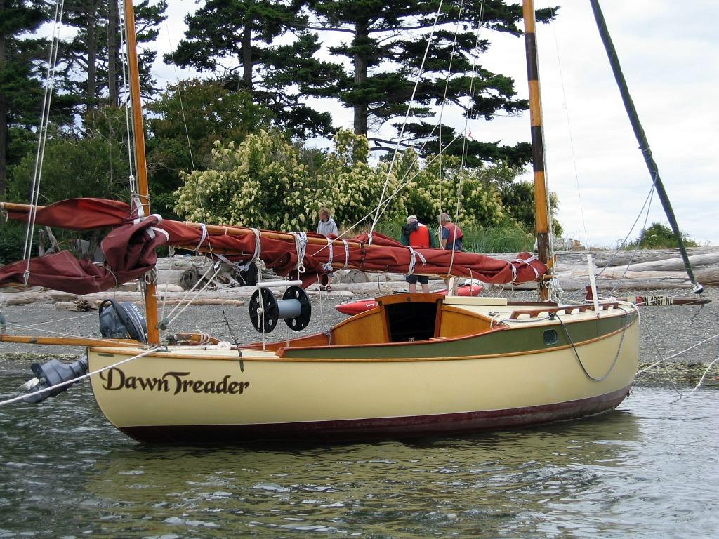 Doryman sucia island rendezvous 2011 part 2 for Garden design troller boat