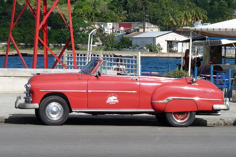Cuba mus e ciel ouvert automobiles am ricaines le - Vieille voiture decapotable ...