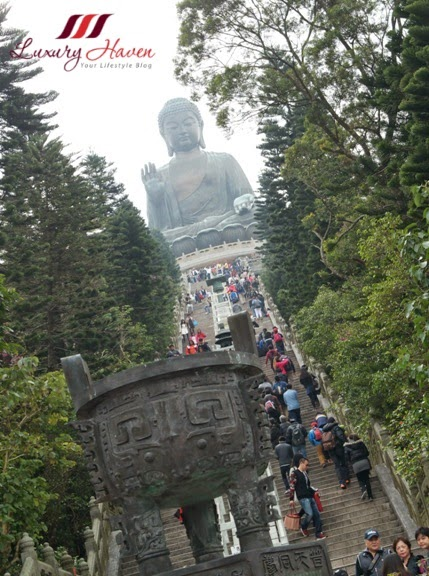 hong kong tourist attraction ngong ping big buddha