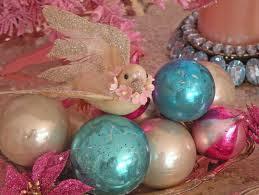 3 November - Challenge 83 - Julie, Turquoise, Deep Pink, Ivory