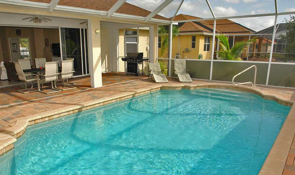 Welcome to your dream vacation in cape coral florida for Pool lanai cost