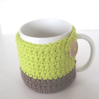 Cabled Mug Cozy Pattern from KnitPicks.com Knitting