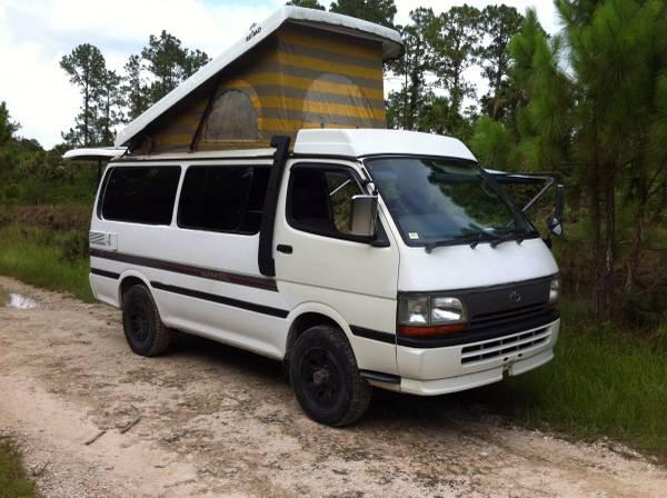 1990 Toyota Hiace 4x4 Camper Van For Sale in USA