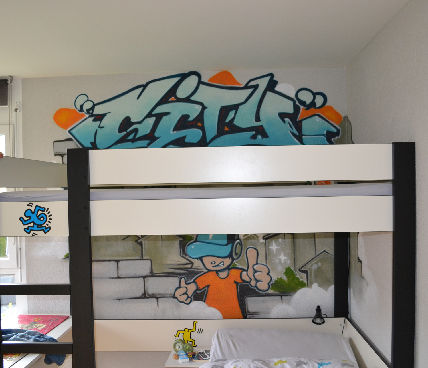 d co graffiti pour une chambre d 39 enfant lausanne une ambiance hip hop garantie pour le. Black Bedroom Furniture Sets. Home Design Ideas