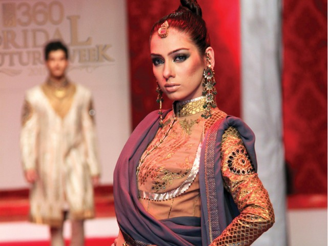 syeda madiha rizvi bridal couture week 2011