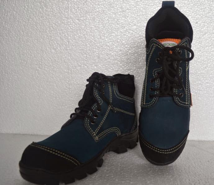 sepatu safety boot kulit