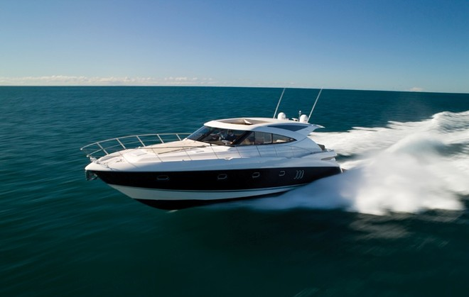 ... Gold Coast to take a look at the new Riviera 5800 Sport Yacht.