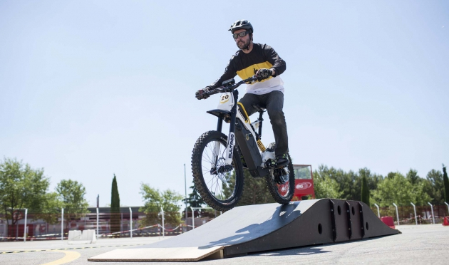 Bultaco Brinco: mid-electric mid-calf