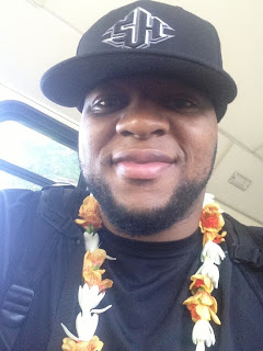 Suh+with+suh+hat+at+probowl
