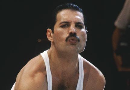 Freddy on Farrokh Bulsara Ou Como E Conhecido Popularmente Como Freddie Mercury