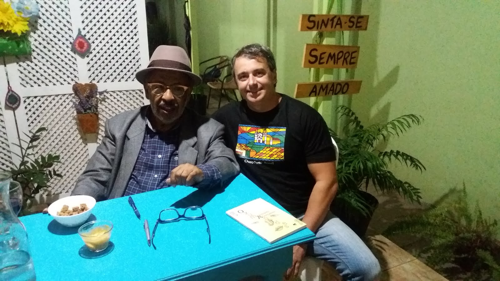 LANÇAMENTO DE LIVRO COM AGUINALDO JOSÉ GONÇALVES - VILHENA/MAIO 2017